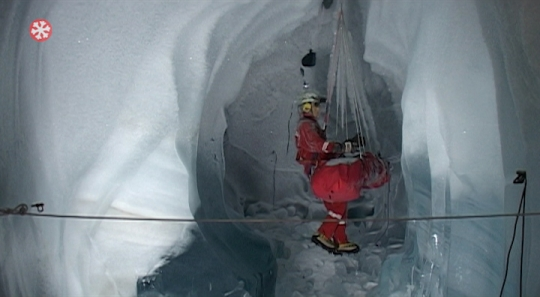 Eispavillon Spaltenrettung